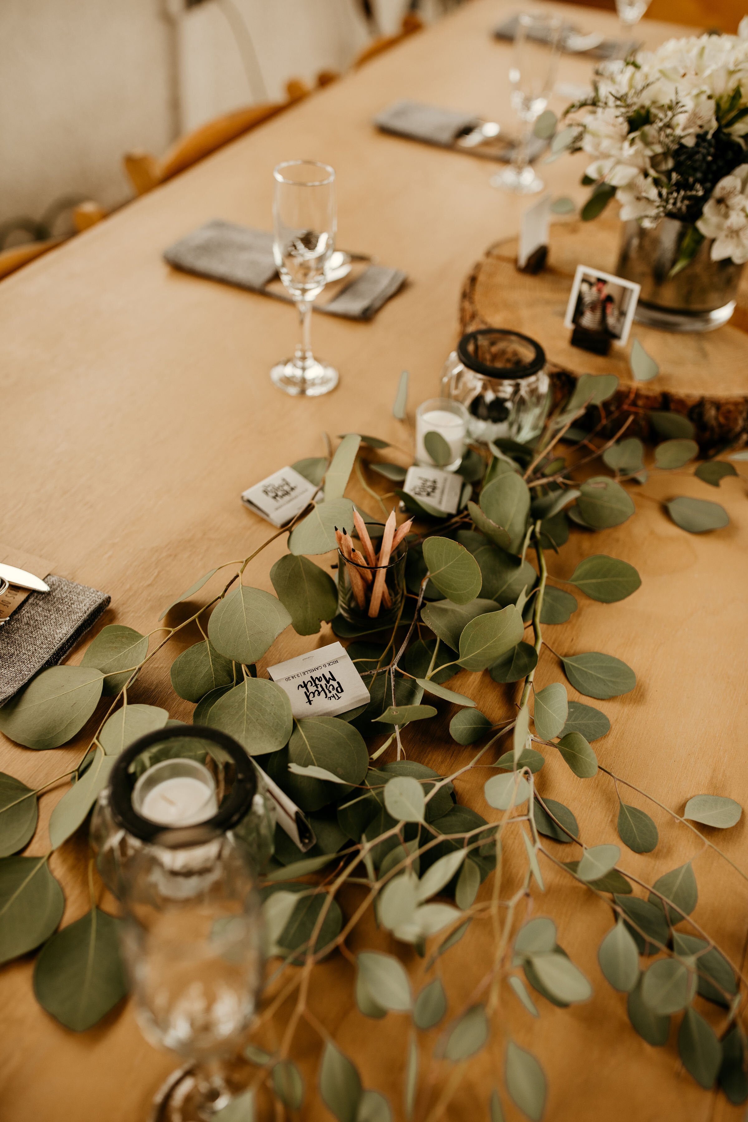 Simple Wedding Reception Table Decorations  from images.squarespace-cdn.com