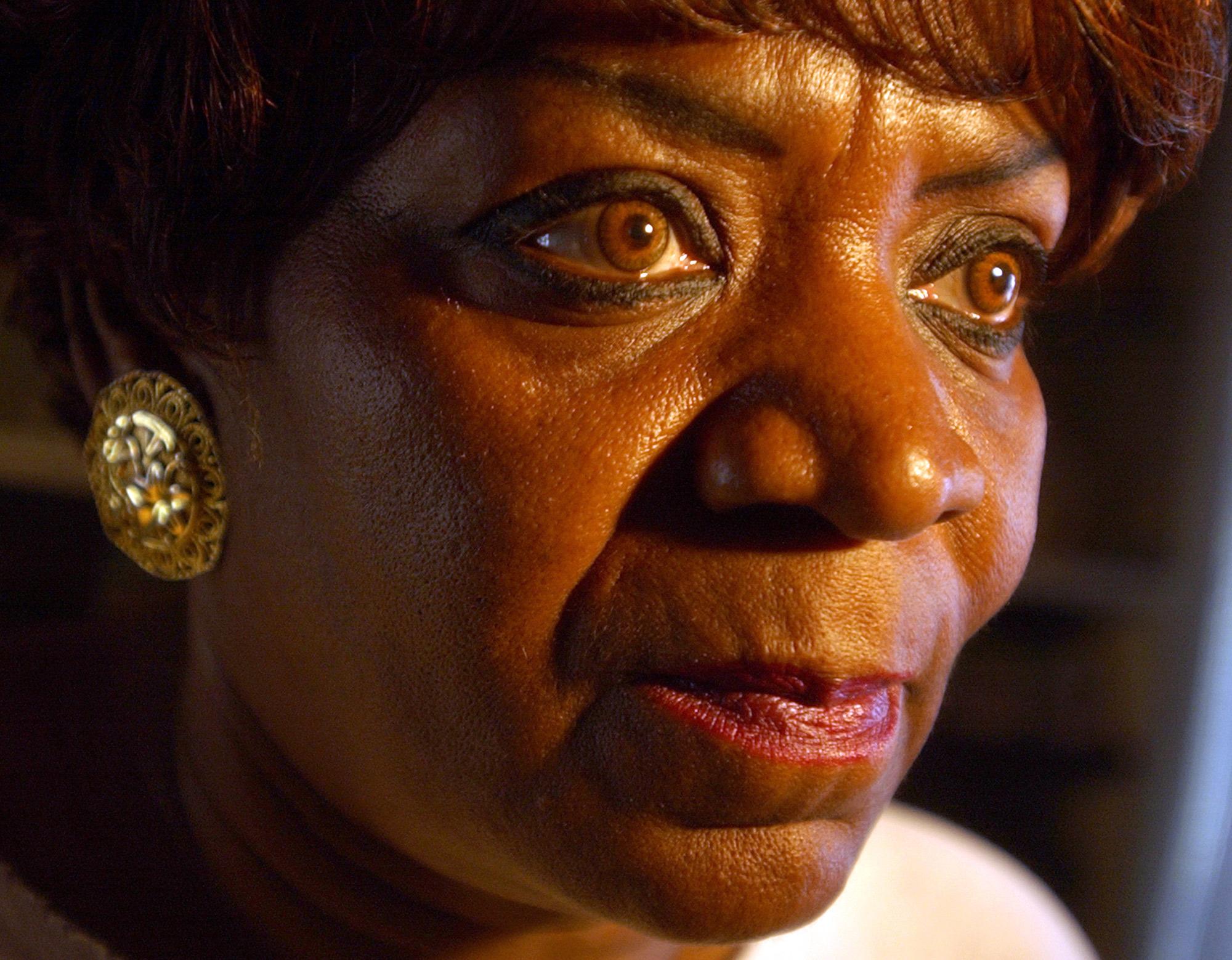 Barbara Johnston recalls the gunshots that killed her daughter Verna.