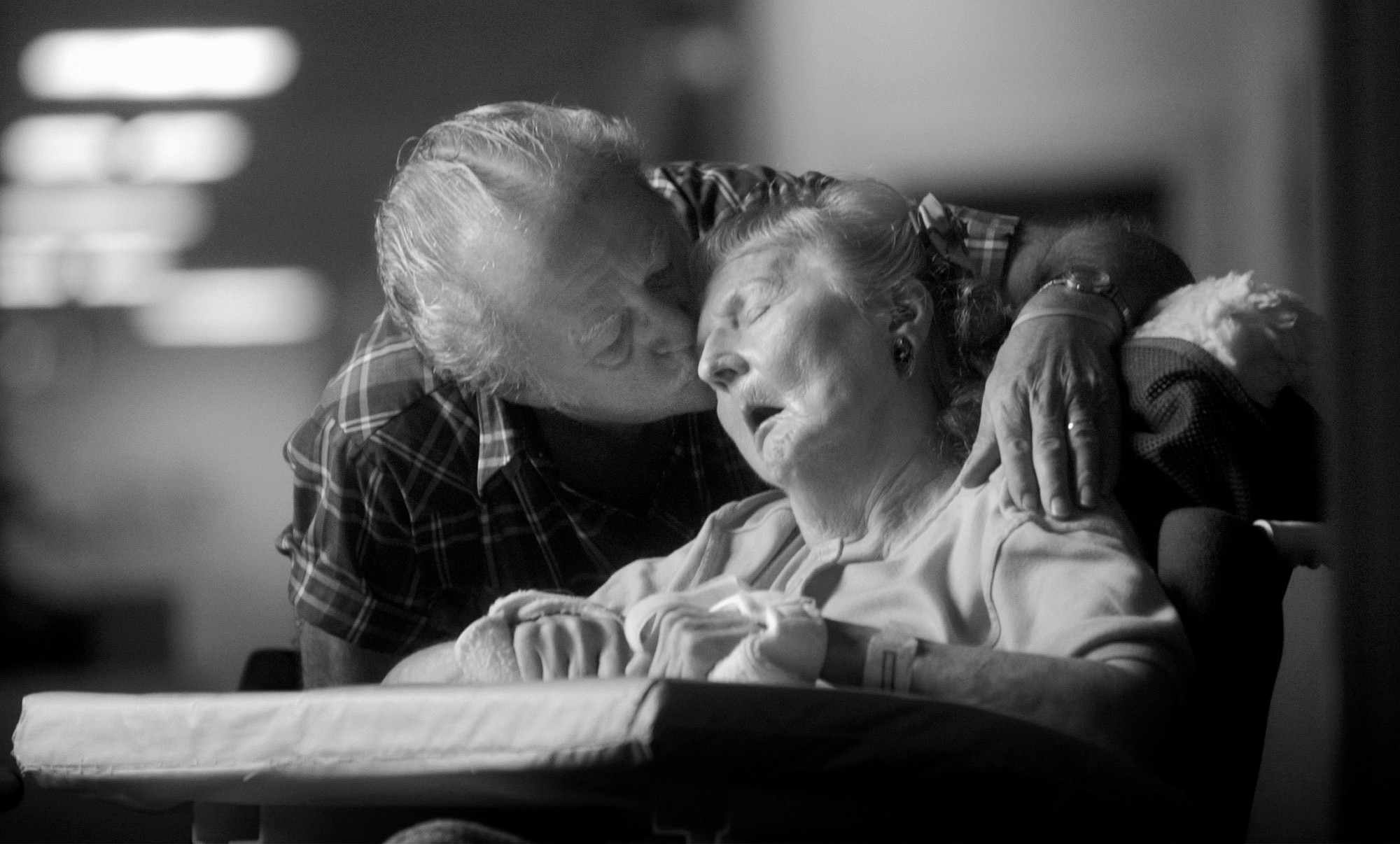 Bert Spontak and wife Shirlie, who suffers from Alzheimer's Disease.