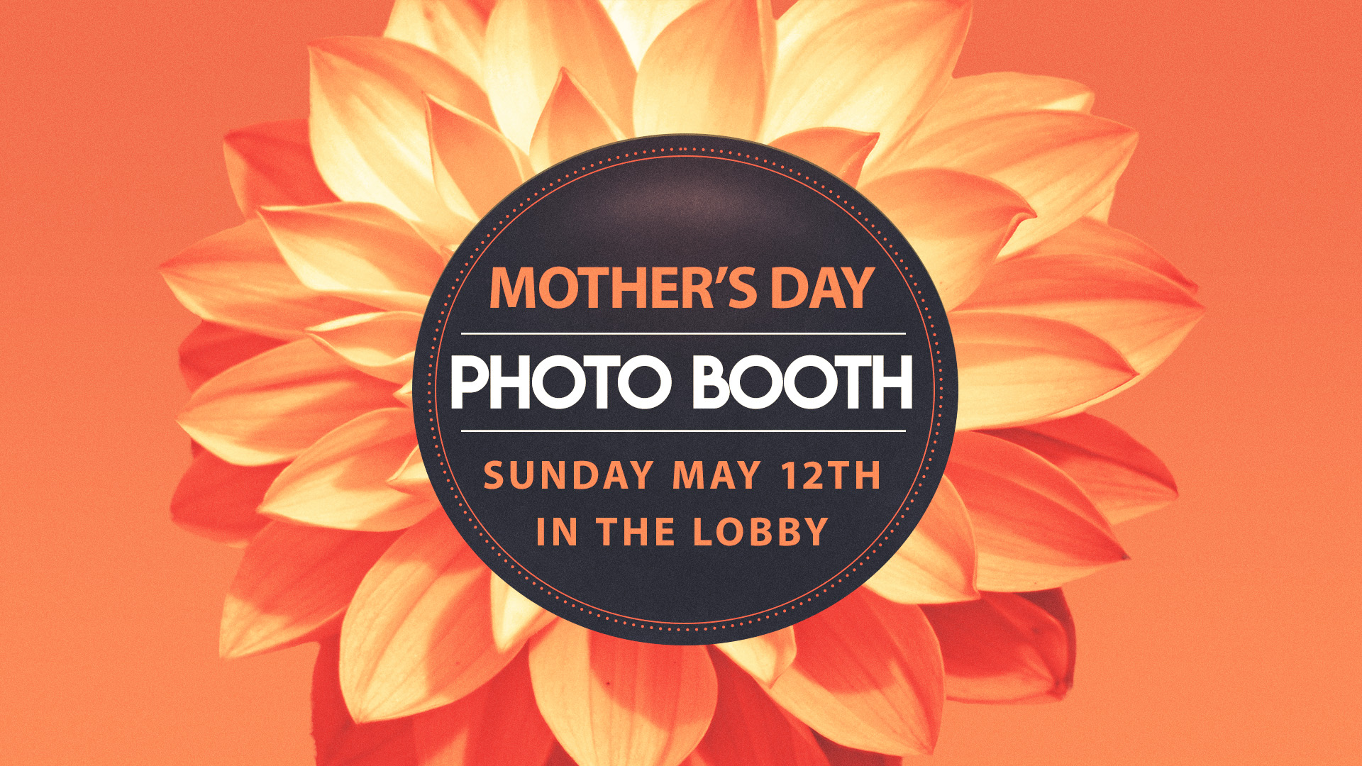 MothersDayPhotoBooth1920.jpg