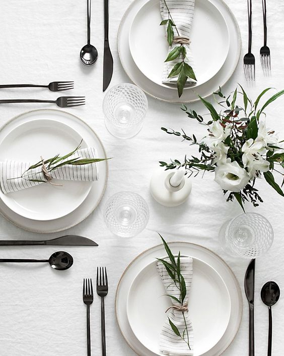 Simple white Table setting ideas for thanksgiving dinner by the savvy heart.jpg