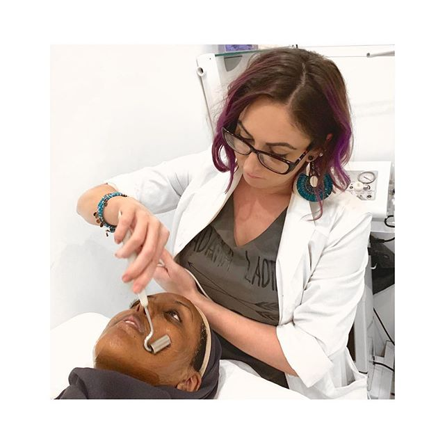 Galvanic Current! Swipe to hear our esthetician Nikki explain the benefits of this service. • Galvanic Current is one of two delivery systems used in our Oxygen Red Light facial. This system helps to penetrate product deeper into the skin, making the product even more effective!