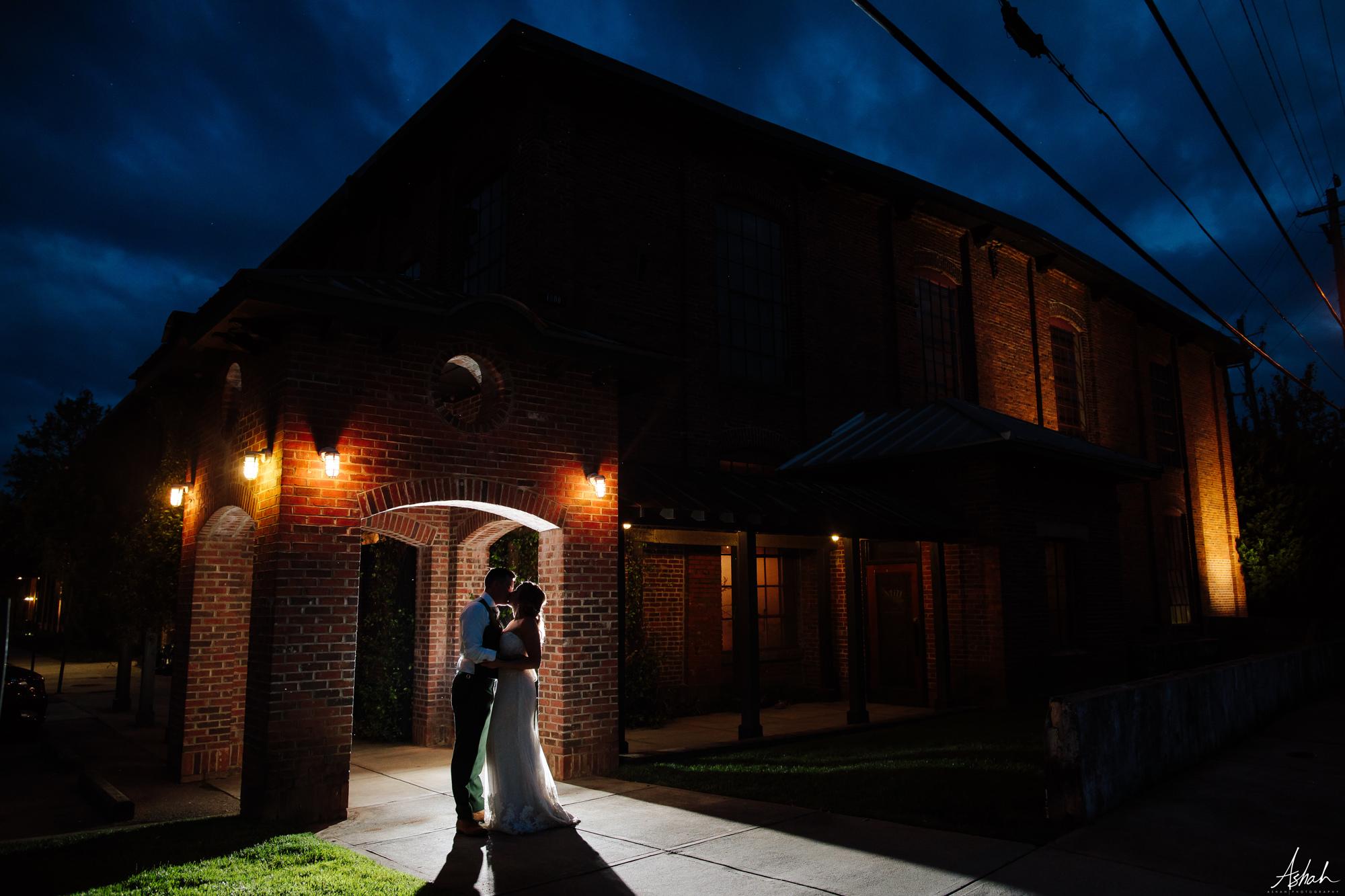 bride&groom208.jpg