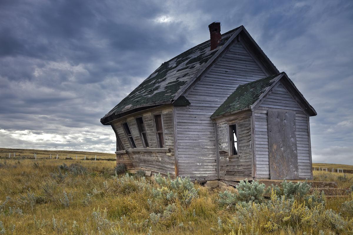 Abandoned School House____tonemapped copy.jpg