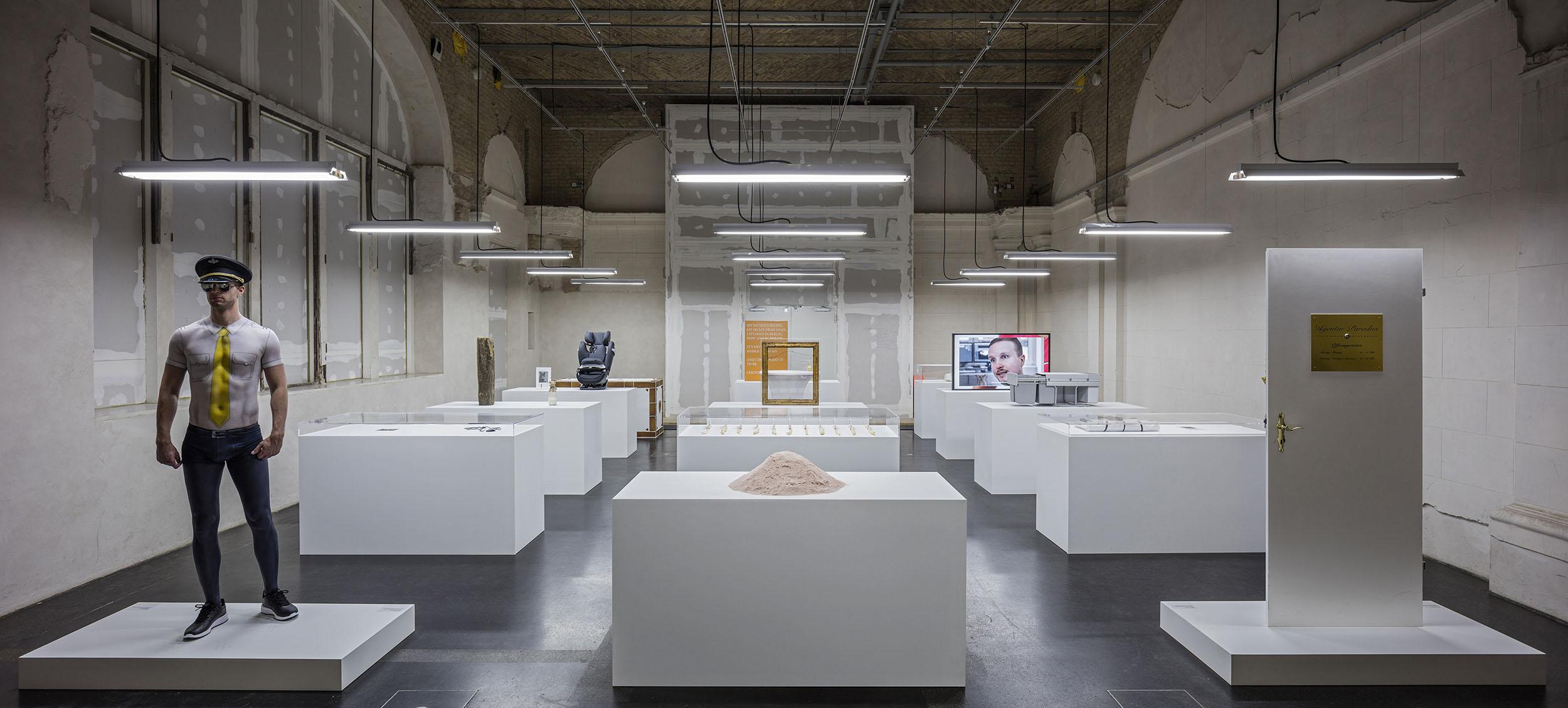 Simon Fujiwara. The Happy Museum, Berlin Biennale 9, 2016