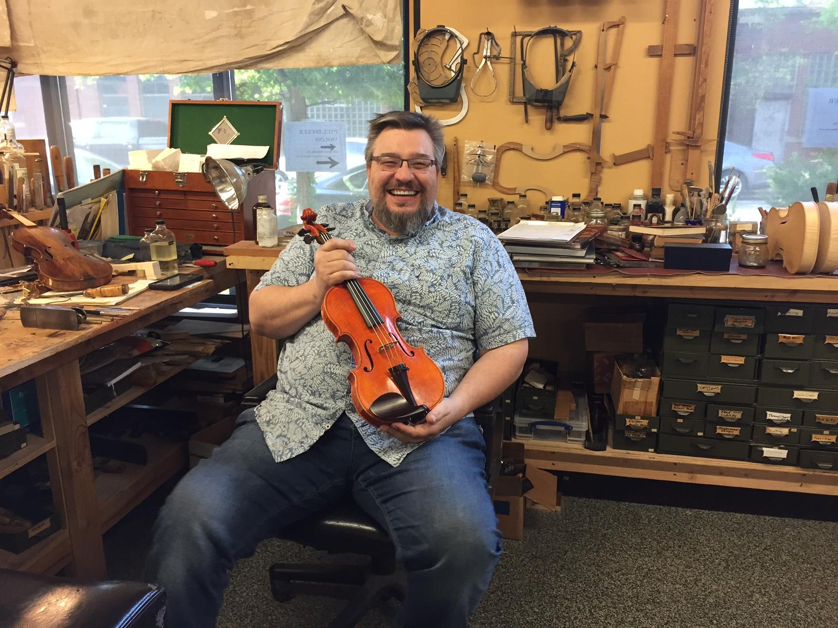 Making-Violins-Carl-Becker-and-Son-001.JPG