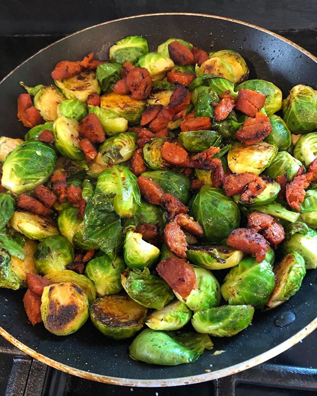 Brussel sprouts are a nutrient dense powerhouse 🏋🏽♂️ veggie! Dress them up to suit any taste! Sweetened with maple syrup, Asian  flavored with chili sauce or accompanied by a smoked chorizo sausage. Quick and Delicious! #nutrientdensefoods #brusselsprouts #healthyfood ##madebynature #eatyourveggies #eattherainbow