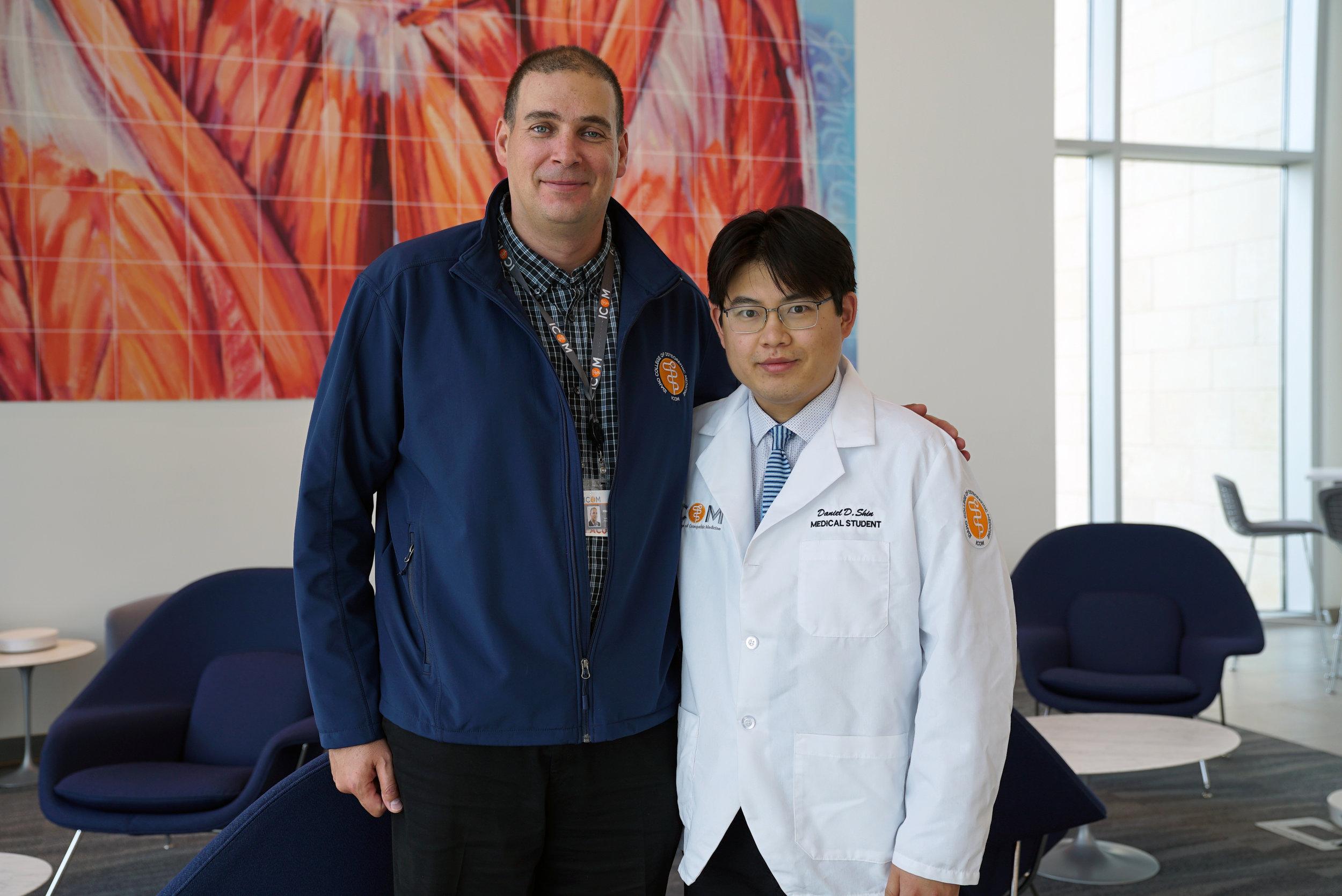 (L-R) Dr. Mihail Mitov and Student Doctor Daniel Shin.