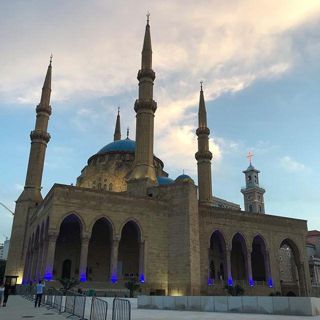 🌙 Ramadhankom mabrouk from Beirut . . . . . #ramadan #ramadan2019 #tunisia #tunisie #ramdhankom_mabrouk #romdhankom_mabrouk #ramadankareem #ramadanmubarak #beirut #mosque #lebanon