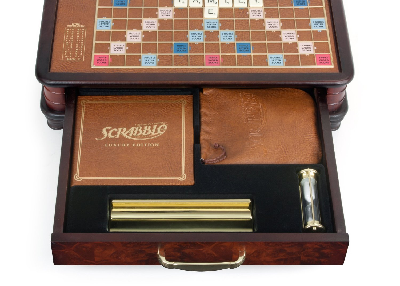 Scrabble_luxury_rotating_003.jpg