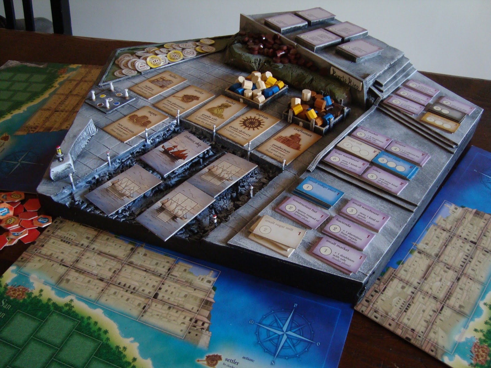 Puerto_Rico_board_game_3D_component_holder_001.jpg