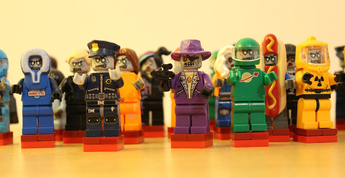 Dead_of_Winter_board_game_figures_in_lego_006.jpg