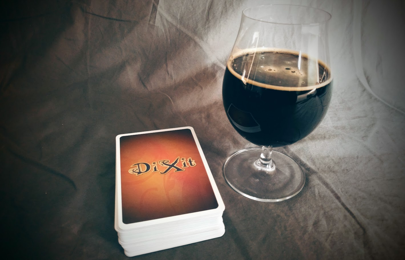 Dixit_board_game_paired_with_The_Poet_New_Holland_002.jpg