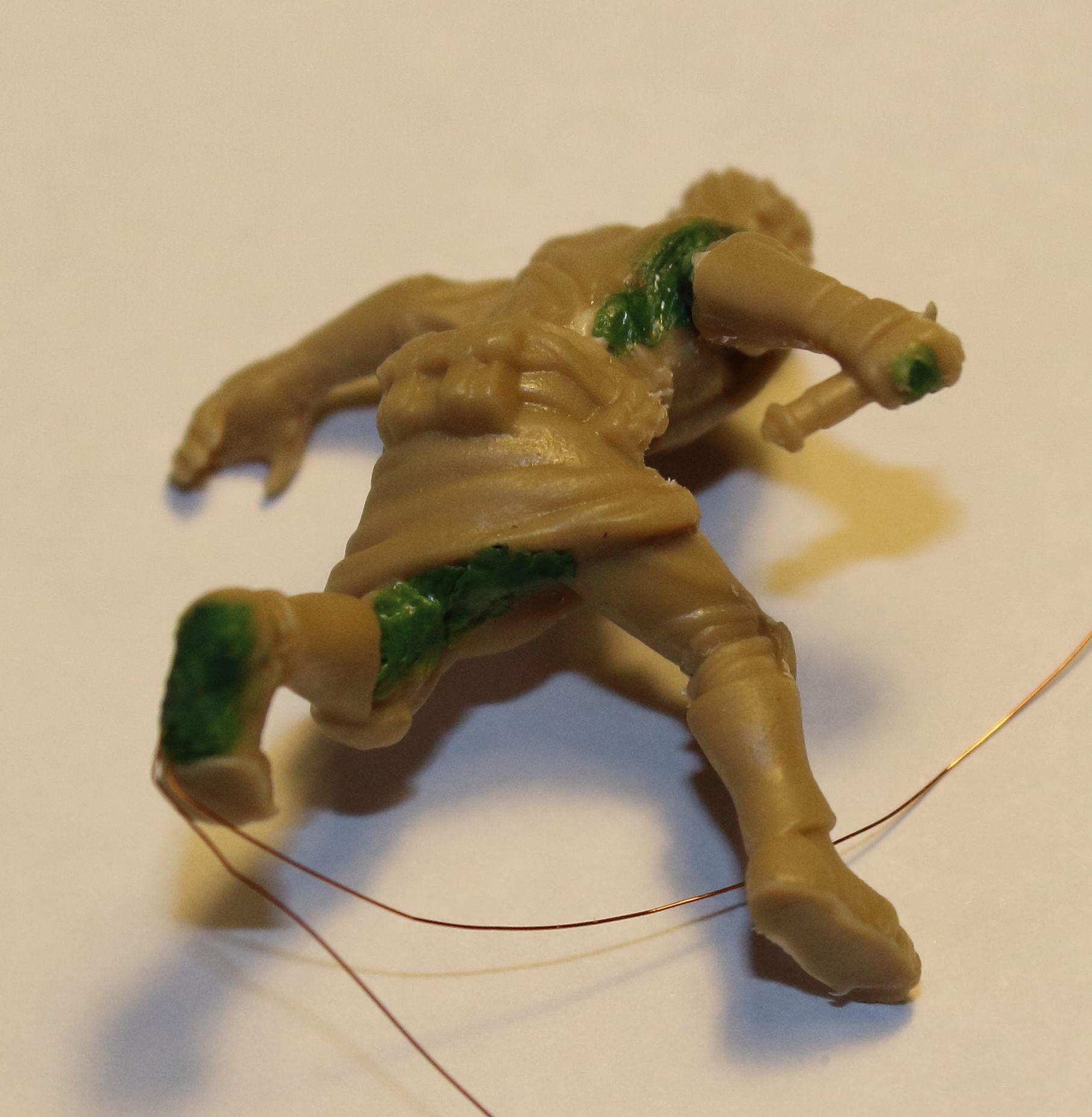 Imperial_Assault_Board_Game_LED_lightsaber_miniature_08.jpg