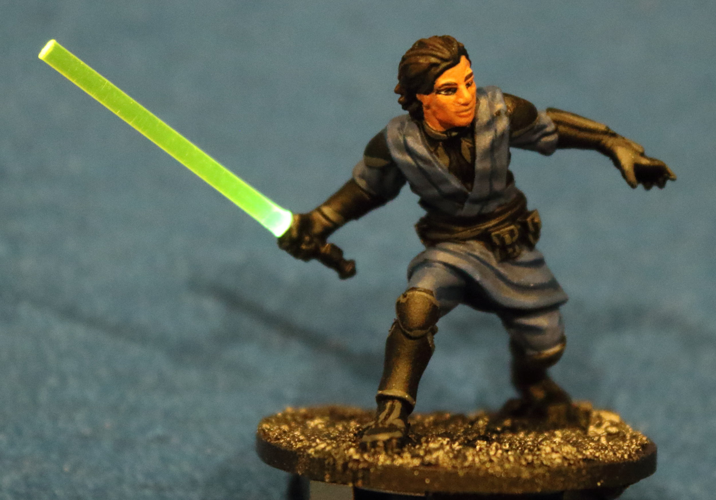 Imperial_Assault_Board_Game_LED_lightsaber_miniature_15.jpg