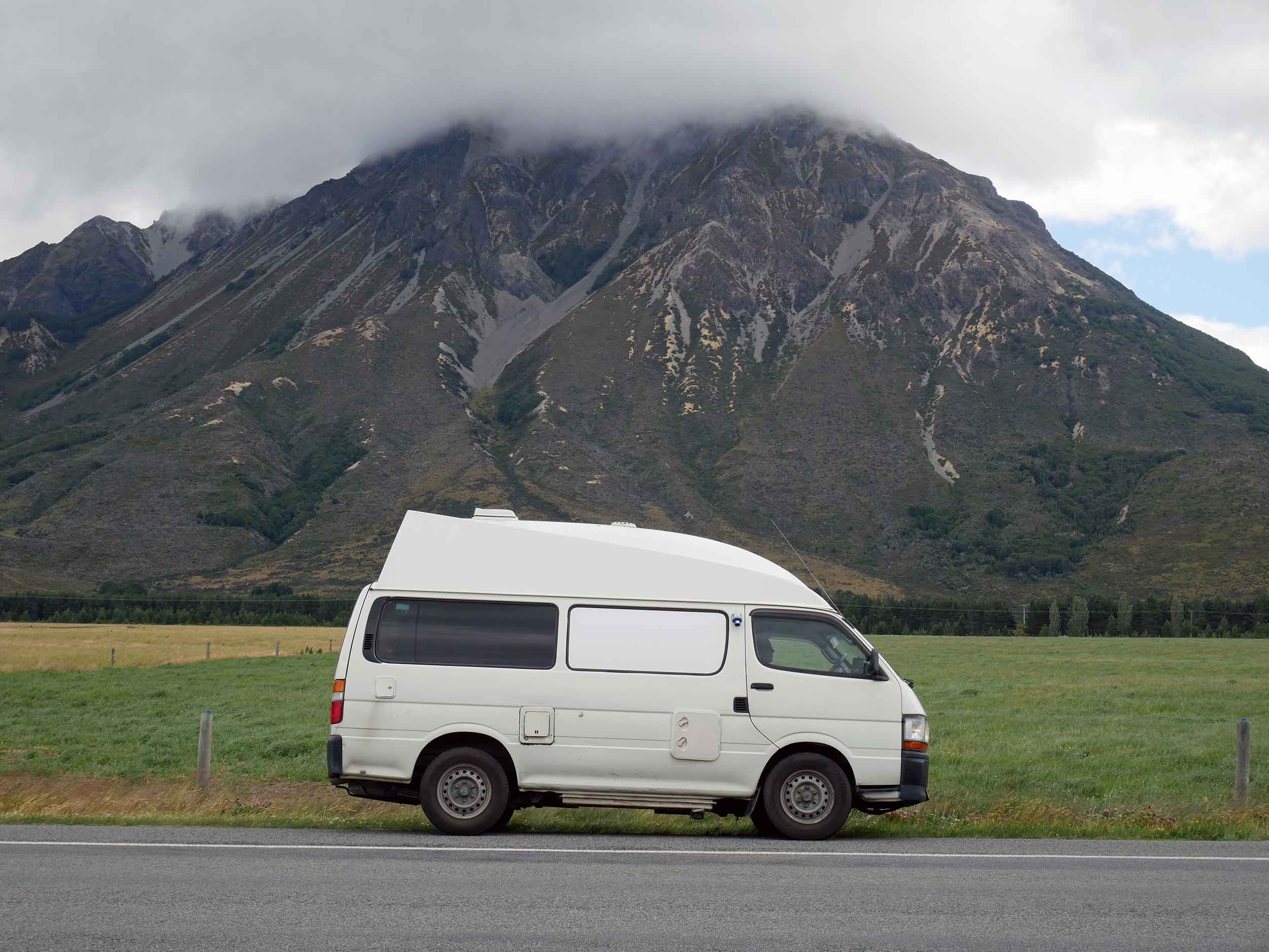 After landing in Christchurch on NZ's South Island, we jumped in our Lucky Ranger and headed straight for the West Coast via Arthur's Pass, the highest crossing of the Southern Alps (Jan 4).