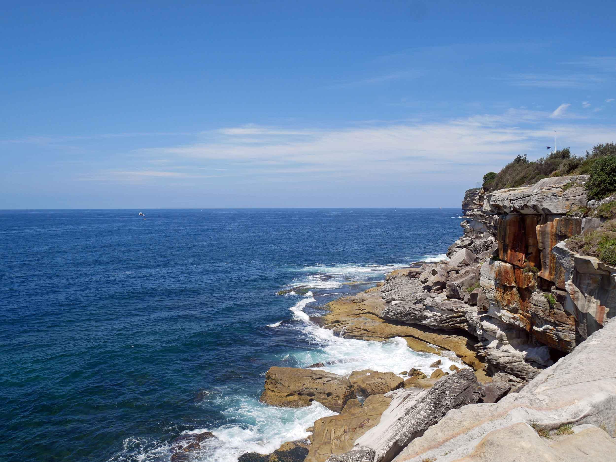 We were once again wow'ed by the awesome, rugged coastline of Australia (Feb 4).