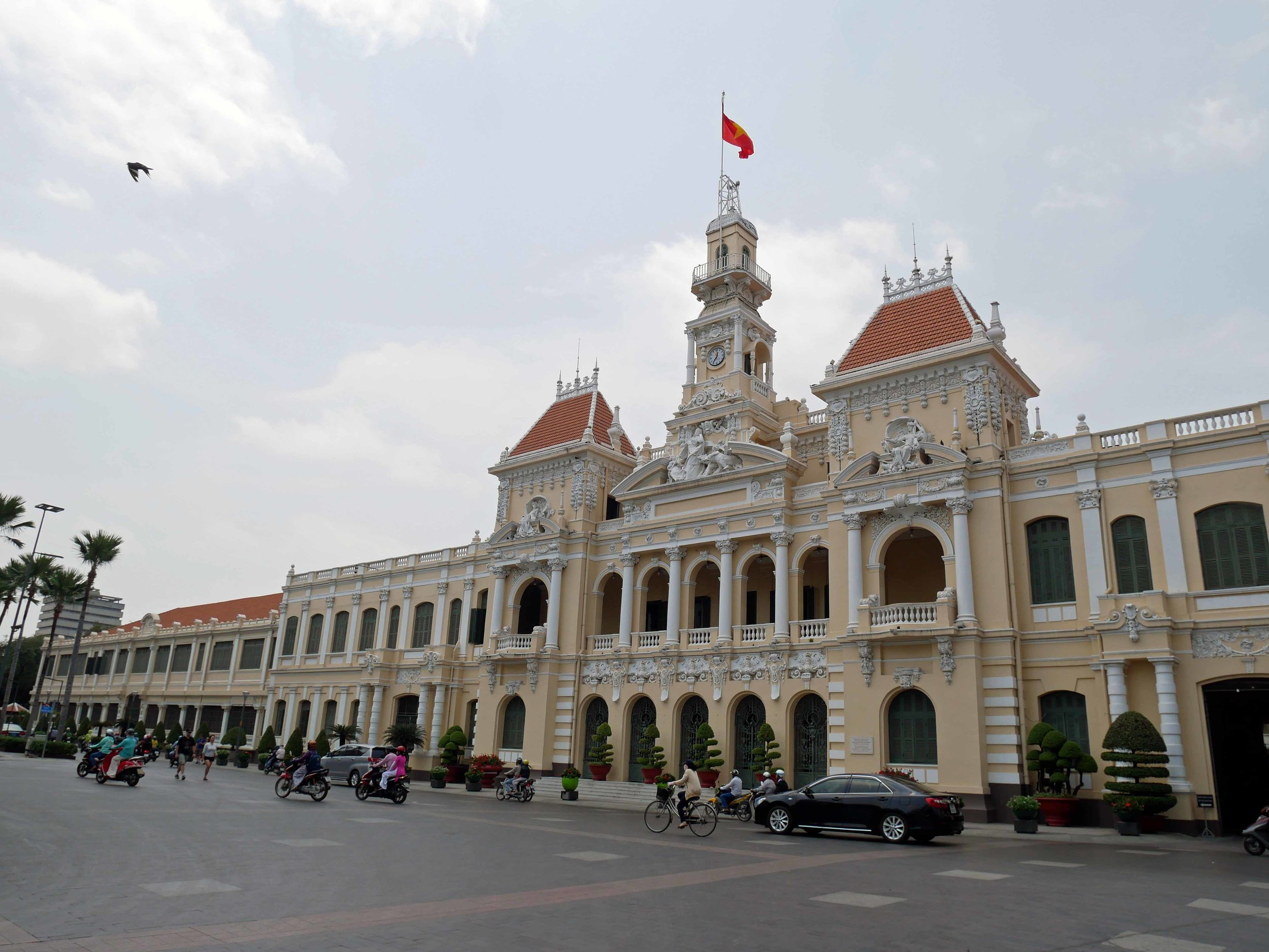 We took a short walk to the Ho Chi Minh City Hall, where a statue of the man himself stands proudly in front.