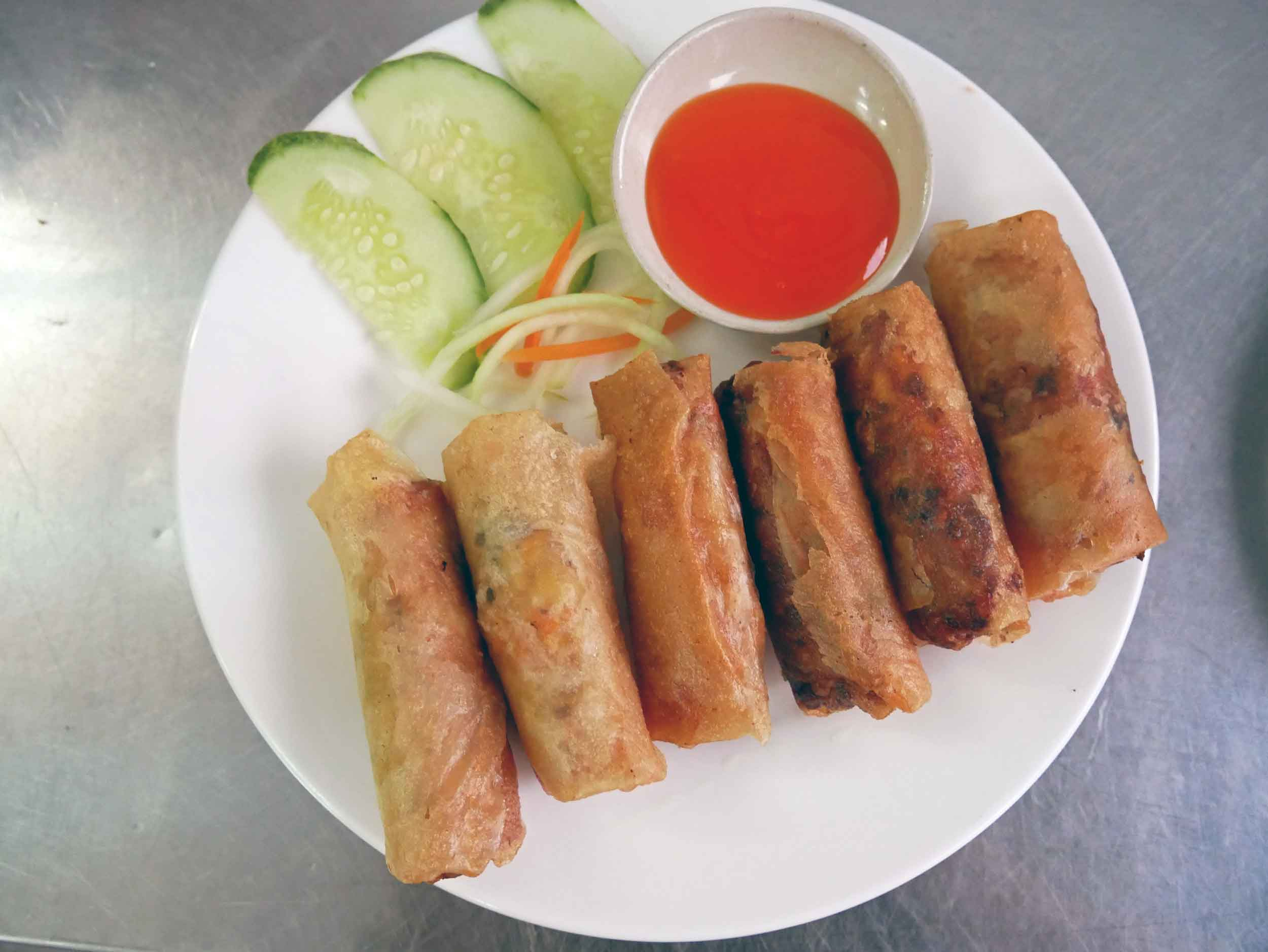 Ok, so it was a tasting menu, we had to try Hanh's  Nem Ran , or fried spring rolls.