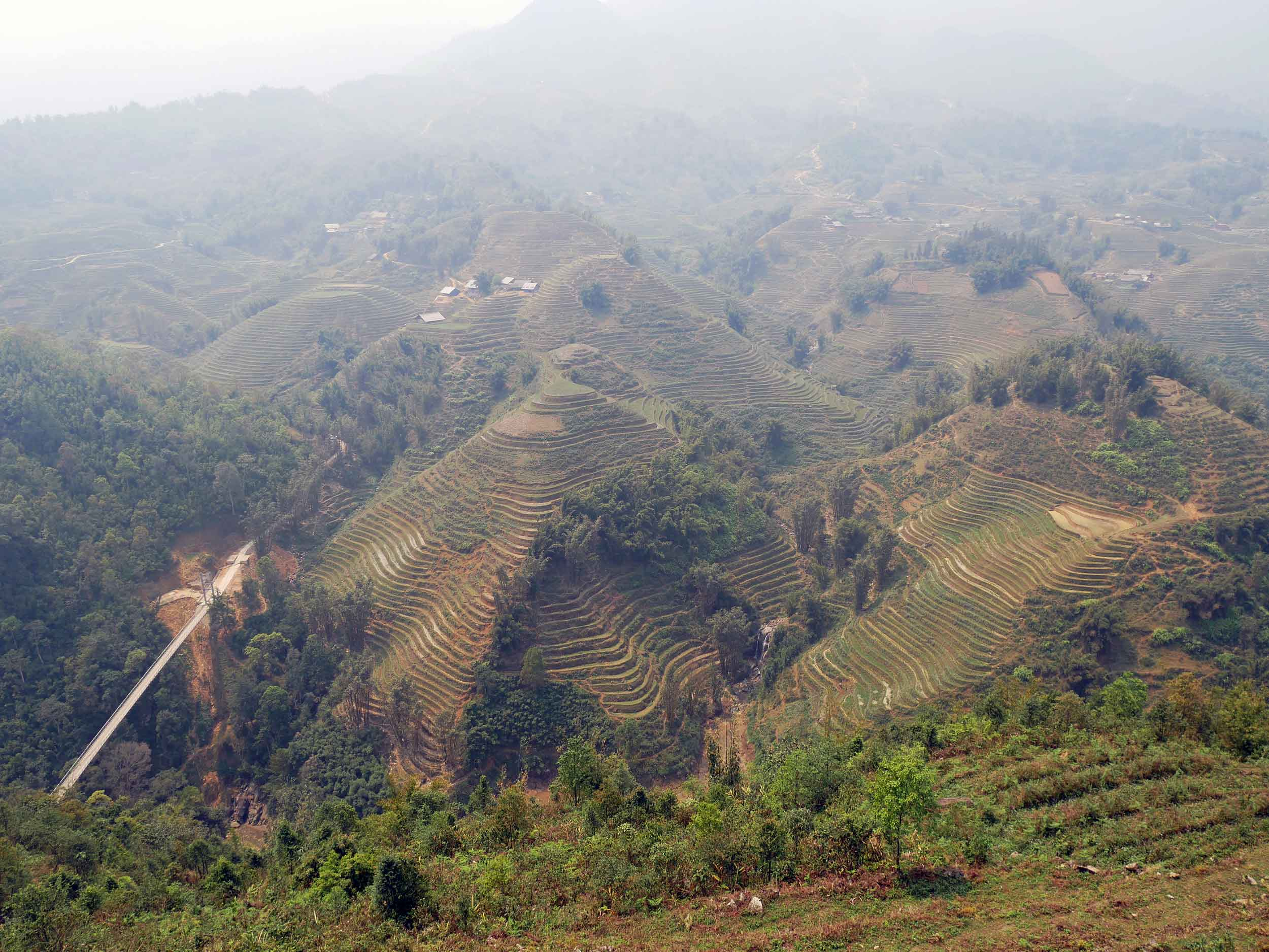One of the many stunning vistas we enjoyed while on our three days of trekking in the terraced Hoàng Liên Son mountain ranges near sapa (Mar 24).
