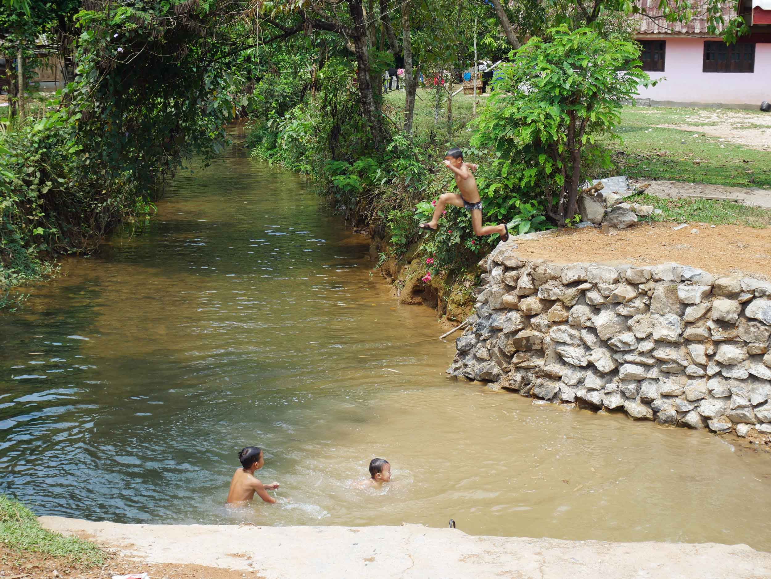 As we rode along the winding roads, we saw local children splashing in streams,while adults lounged in hammocks and under the shade of small porches--it was a Sunday after all!