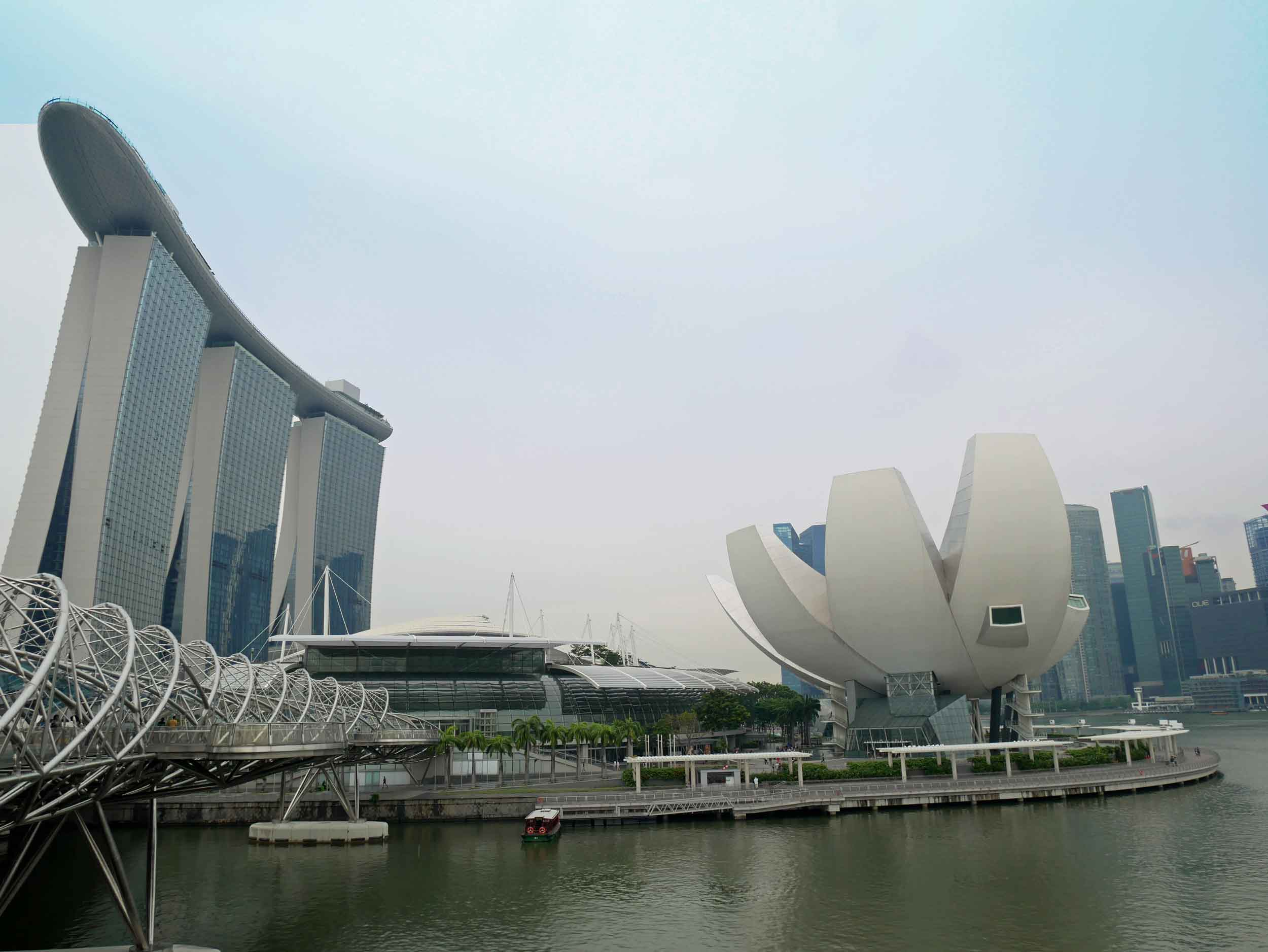 Another look at impressive Marina Bay Sands with the Singapore ArtScience Museum in the foreground.