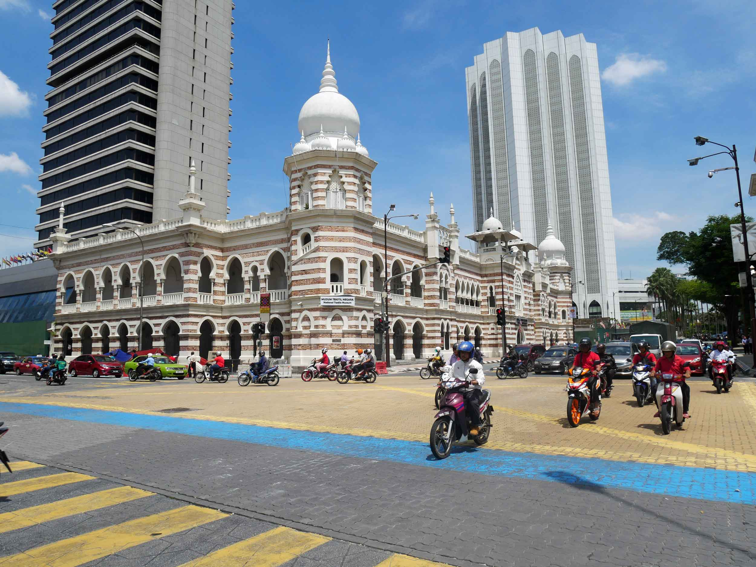 Just off Merdeka Square, where the Malaysian flag was lifted for the first time at their independence in 1957, visitors can see the blend of colonial British and Islamic architecture.