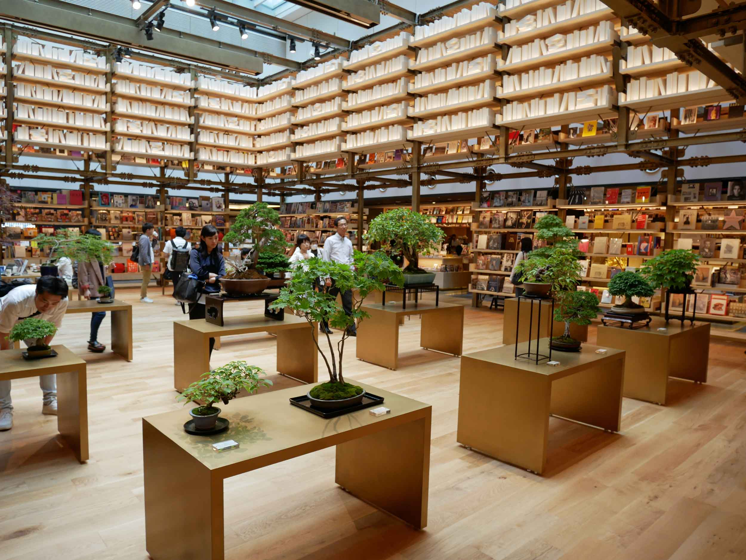 The sister to yesterday's bookstore, Ginza Six is crowned with an outpost of Tsutaya bookshop.