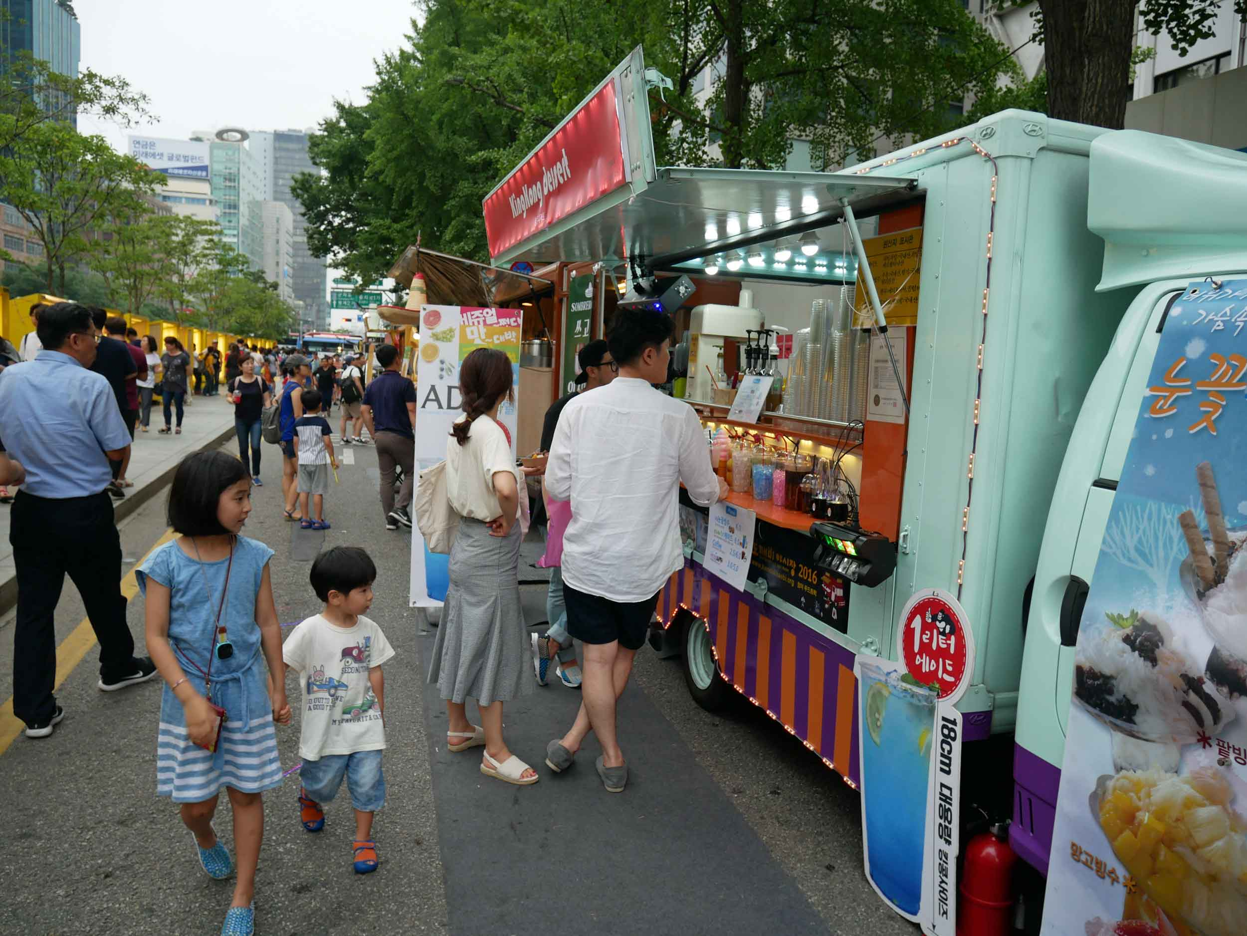We stumbled upon a lively food and crafts market along a small canal.
