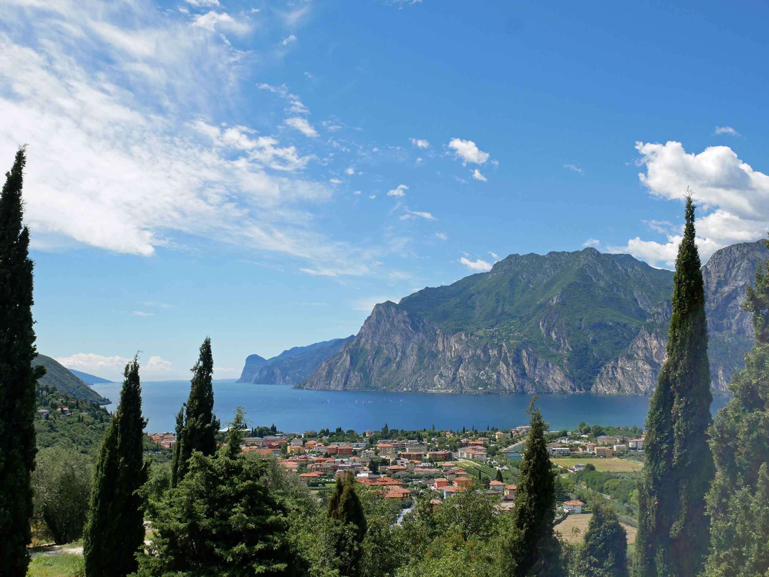 Suddenly, the northern tip of gorgeous Lake Garda appeared.