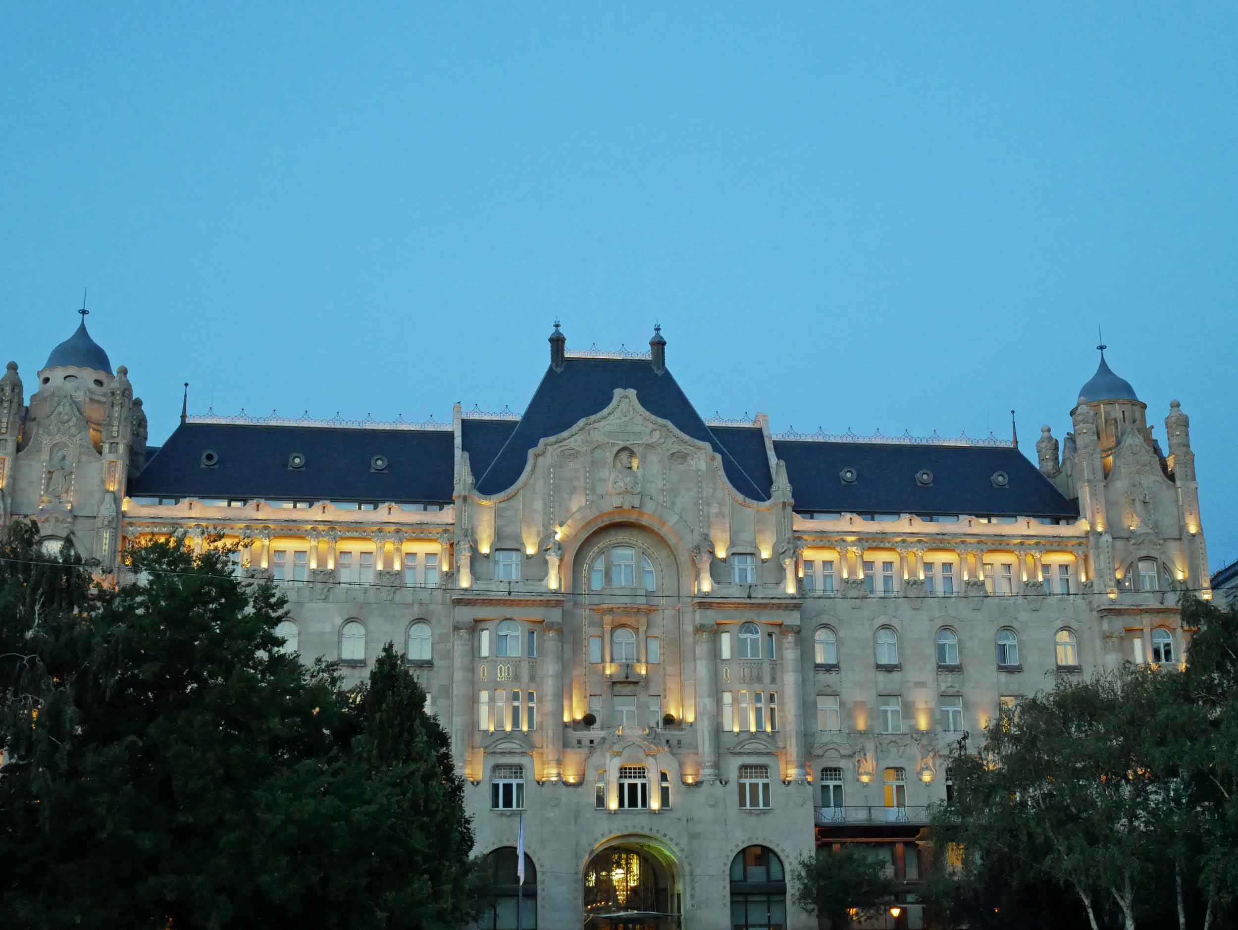 Arriving in Budapest, we were awed by the grand architecture, like the former Gresham Palace, now a Four Seasons hotel (Aug 24).