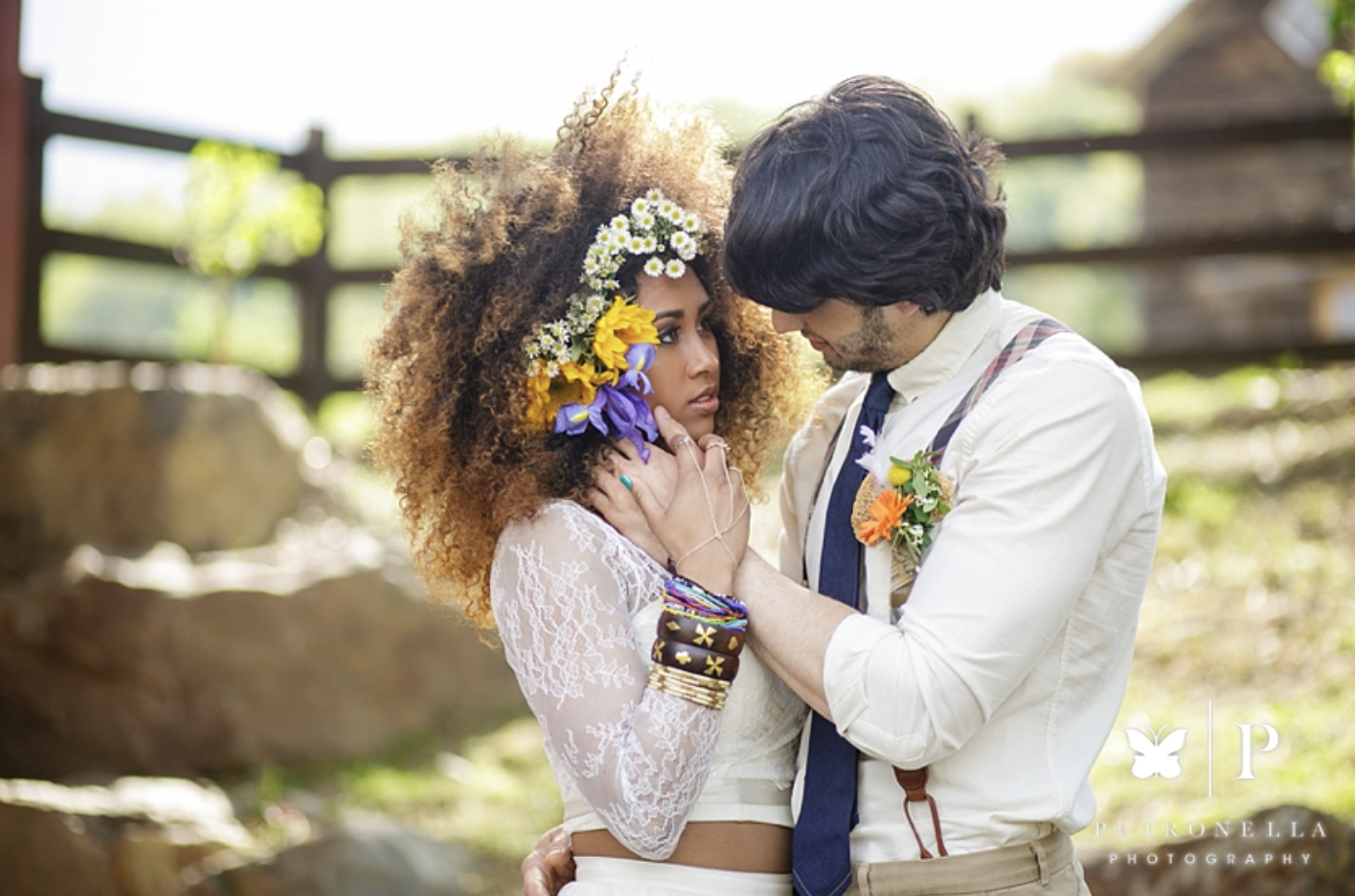 WHERE  are you keeping the money you save for your destination wedding?  💕Photo courtesy of Petronella Photography's feature on Mountain Bride - See this Styled Desti Boho inspiration wedding shoot gallery and video  here