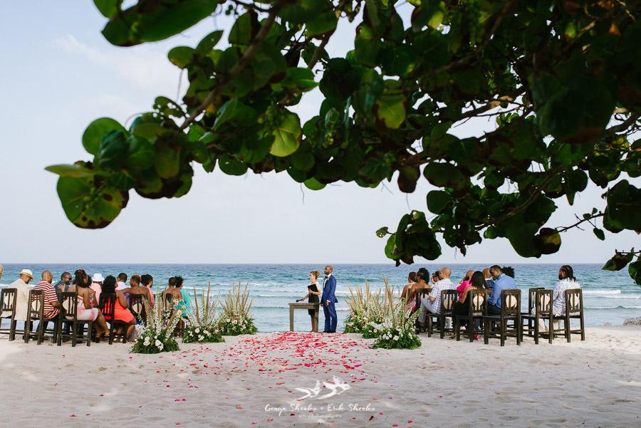 black-destination-bride-blackdesti-destination-off-resort-wedding-at-blue-venado-beach-club-27.jpg