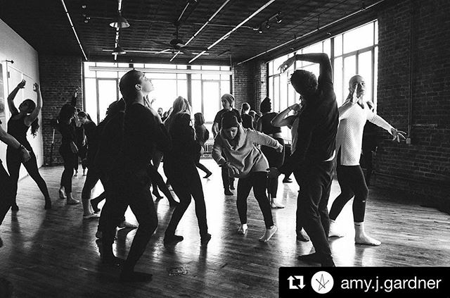 #Repost @amy.j.gardner with @repostapp ・・・ 57 dancing bodies in a gallery that holds 60. So excited as I head to our dress rehearsal tonight. #35mm  Thank you to @amy.j.gardner for taking these amazing photos! More to come! #performance #art #nyc