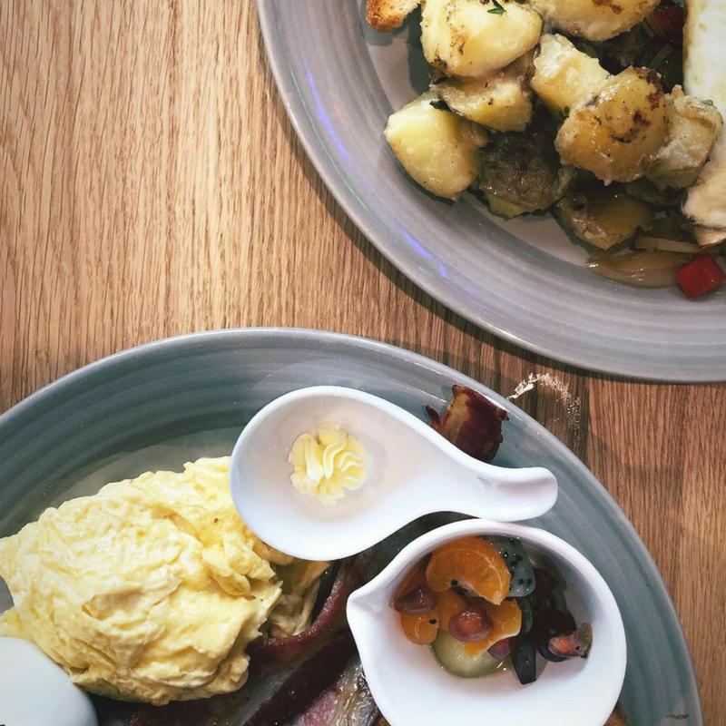 breakfast story in bangkok