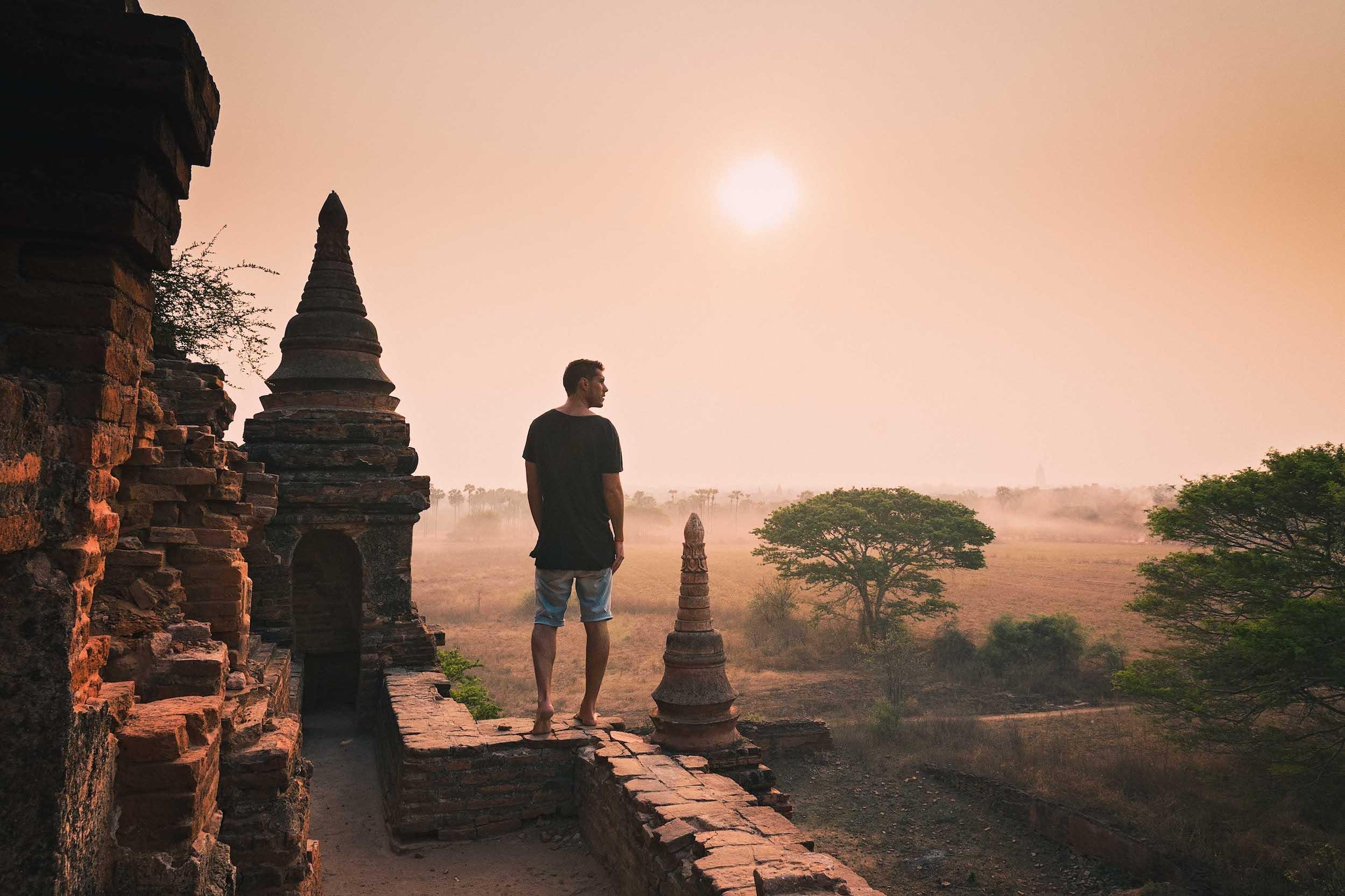 She Leik Too, Bagan.jpg