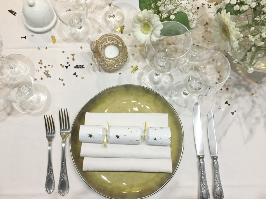 Jules and Louis Blog - A Gorgeous Table Setting - detail tableware