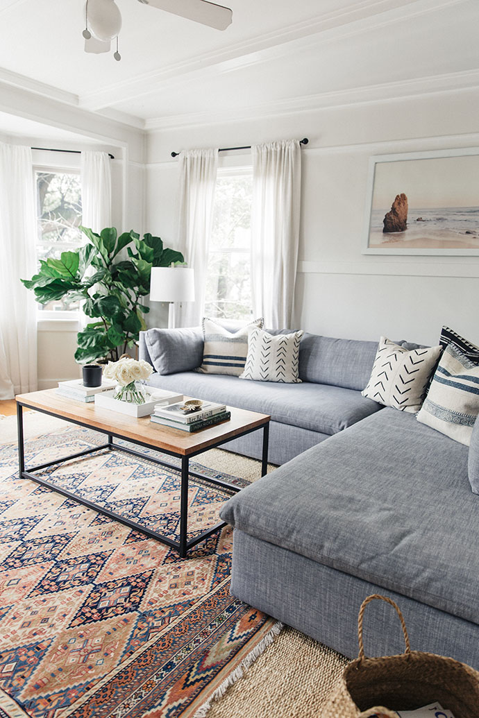 Jules and Louis Blog - A Pretty Dream Home in Sausalito - living room