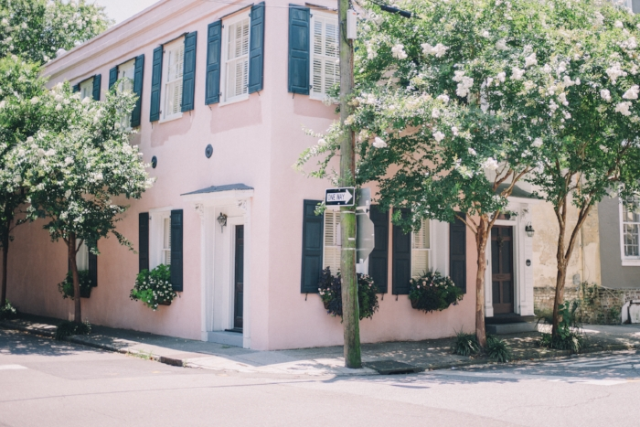 Jules and Louis Blog - A Serious Case of Wanderlust - pink house via Gal Meets Glam