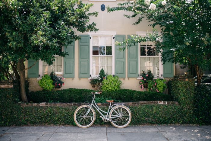 Jules and Louis Blog - A Serious Case of Wanderlust - photo with bike via Gal Meets Glam