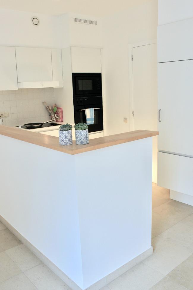 jules-and-louis-blog-white-kitchen.jpg