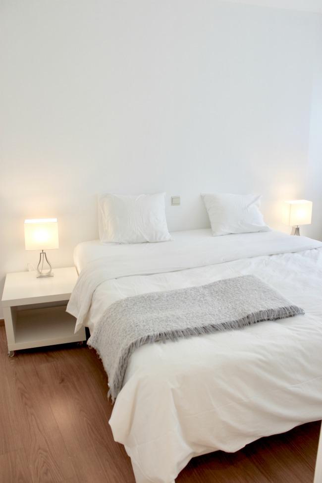 jules-and-louis-blog-master-bedroom-white.jpg