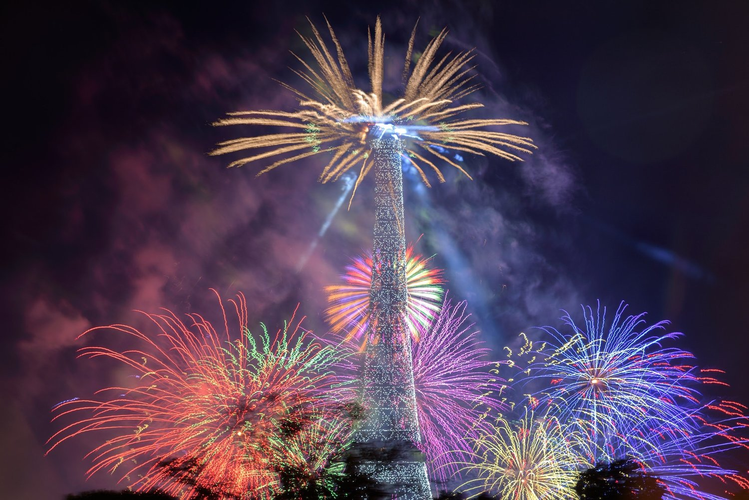 paris-fireworks.jpeg