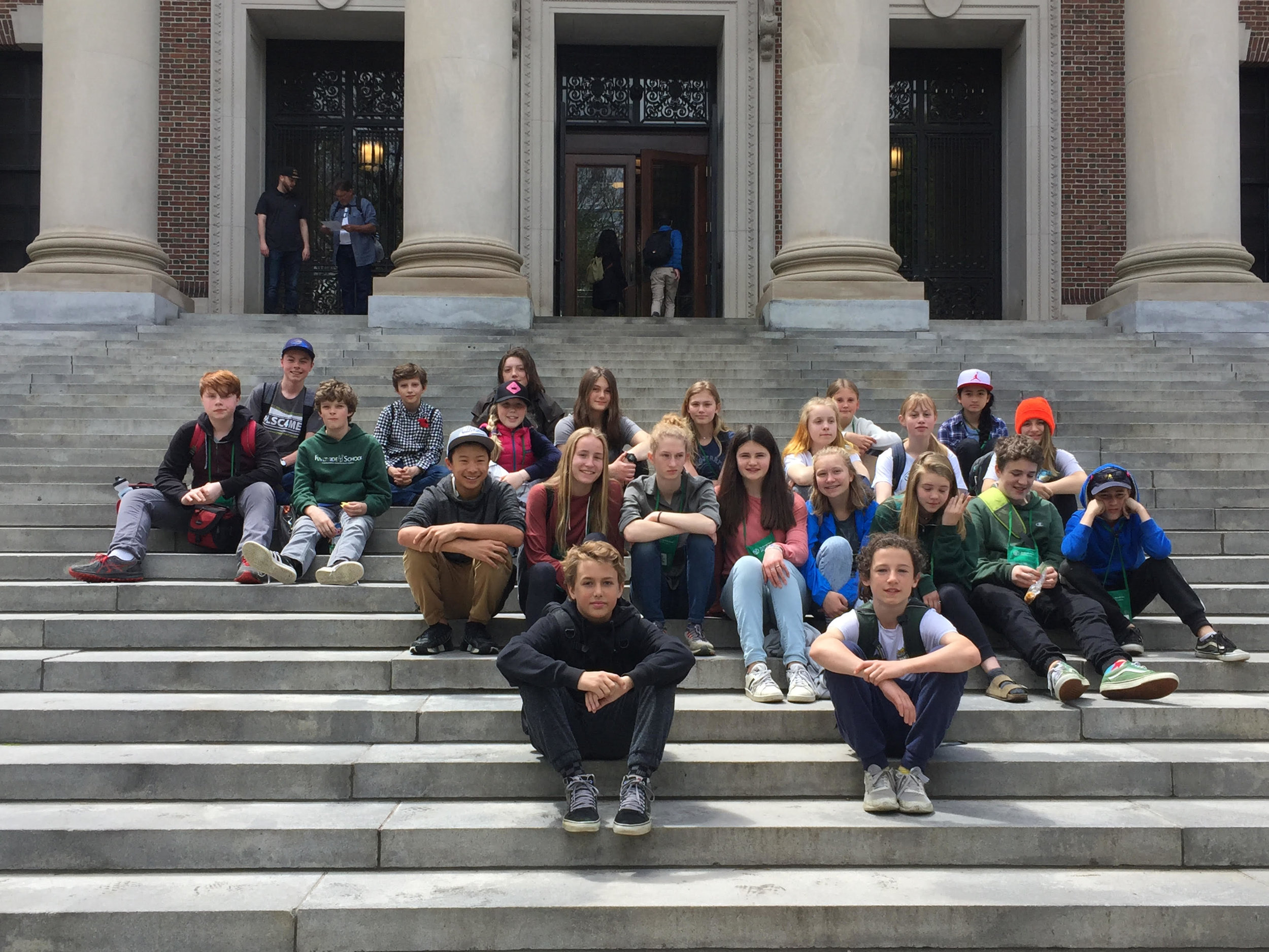 7th and 8th graders visited the Harvard Museum of Natural History and toured Harvard's campus with alumnus Peter Sahlin during the trip to Boston. Thanks for the great picture, Annie Patoine!