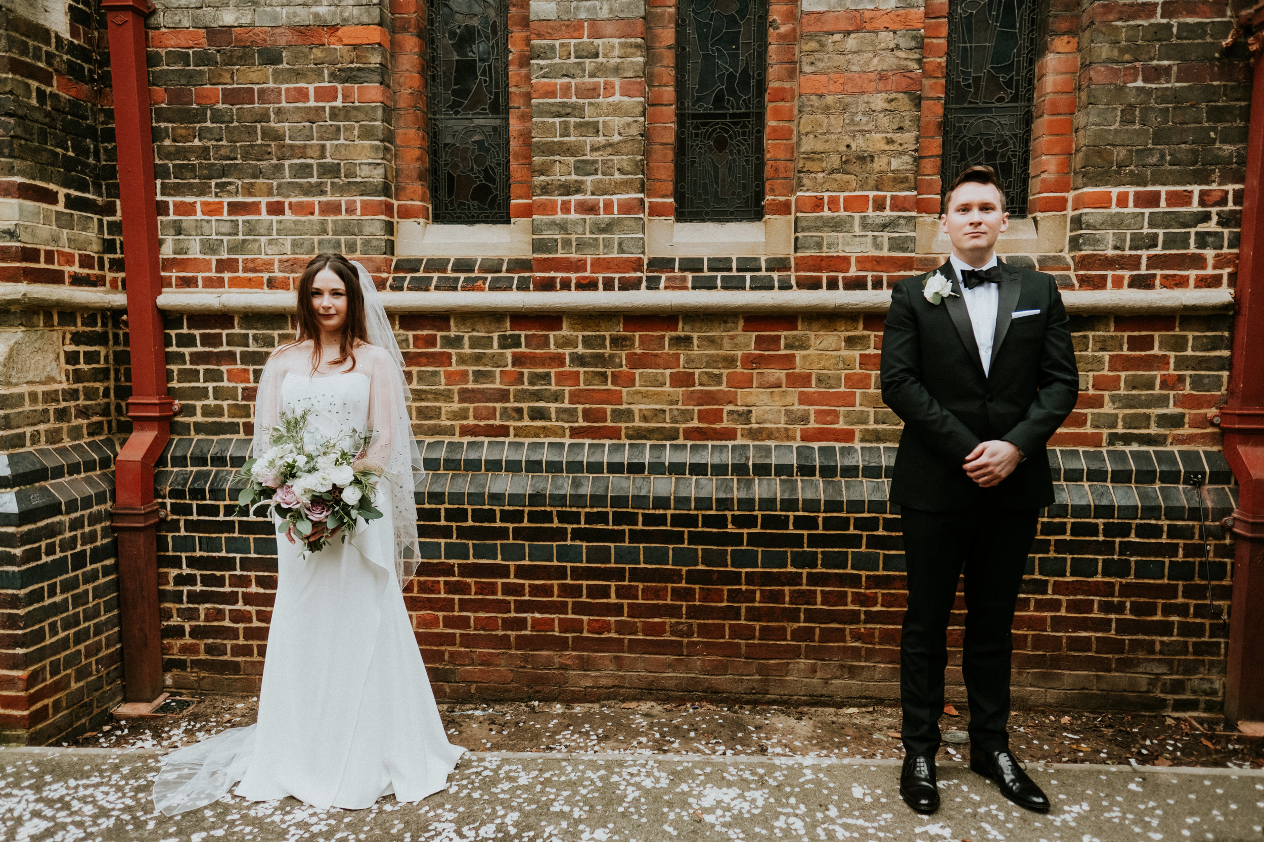 Lottie_Teddington_wedding_flowers_church.jpg