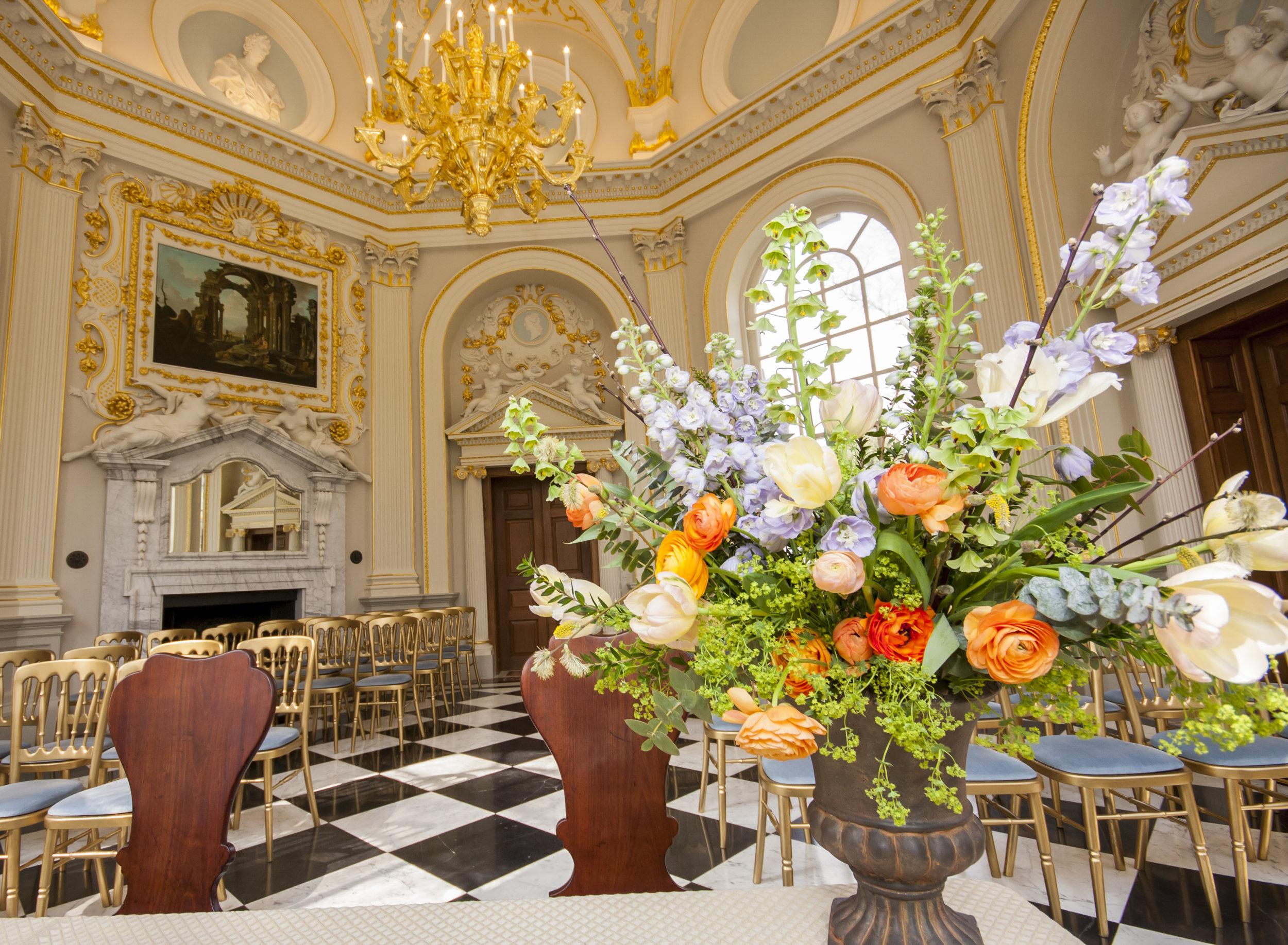 Orleans_House_Twickenham_Wedding_flowers4.jpg