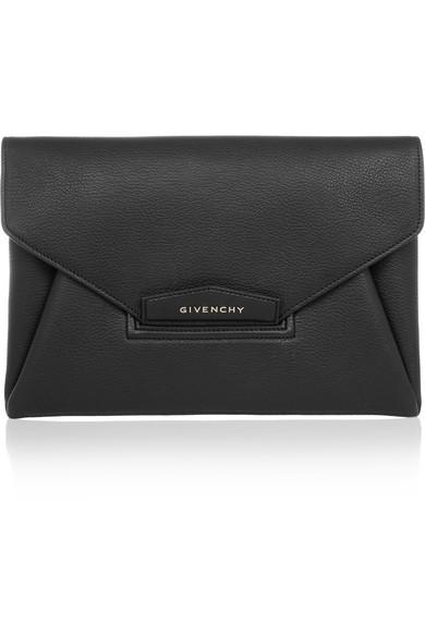 GIVENCHY Antigona Envelope clutch.jpg