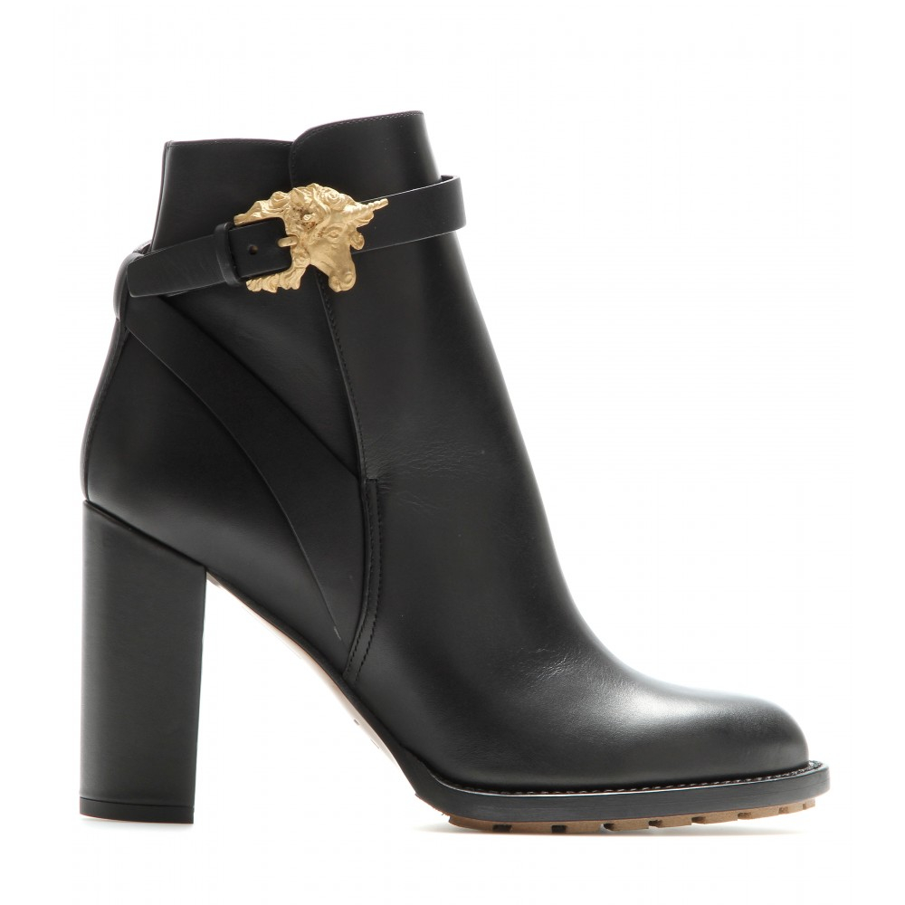 valentino-black-animalia-leather-ankle-boots-product-1-21812320-1-345753671-normal.jpg