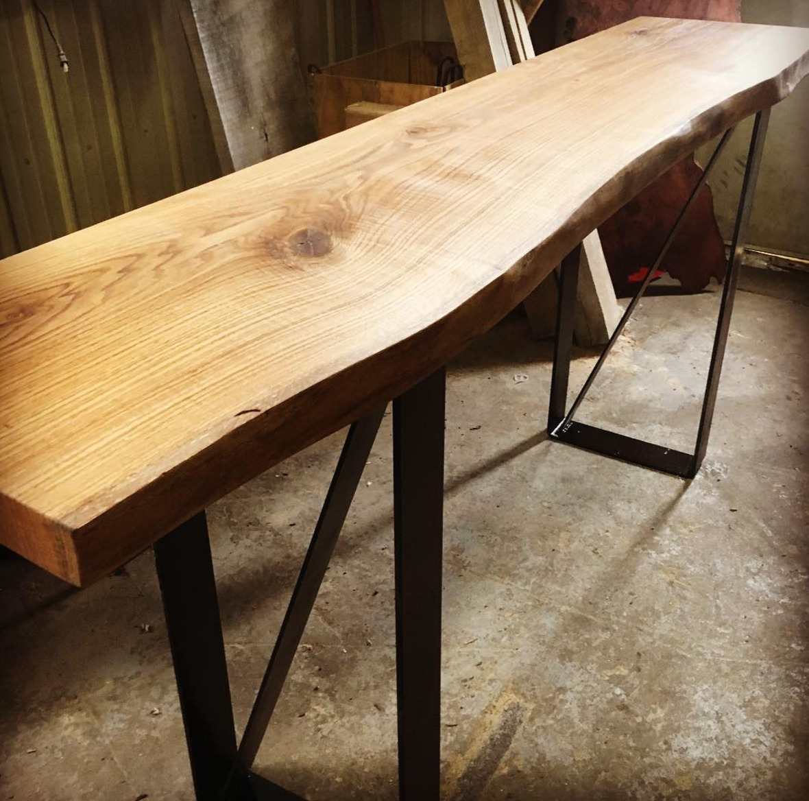 Sawmill Slab Table.png