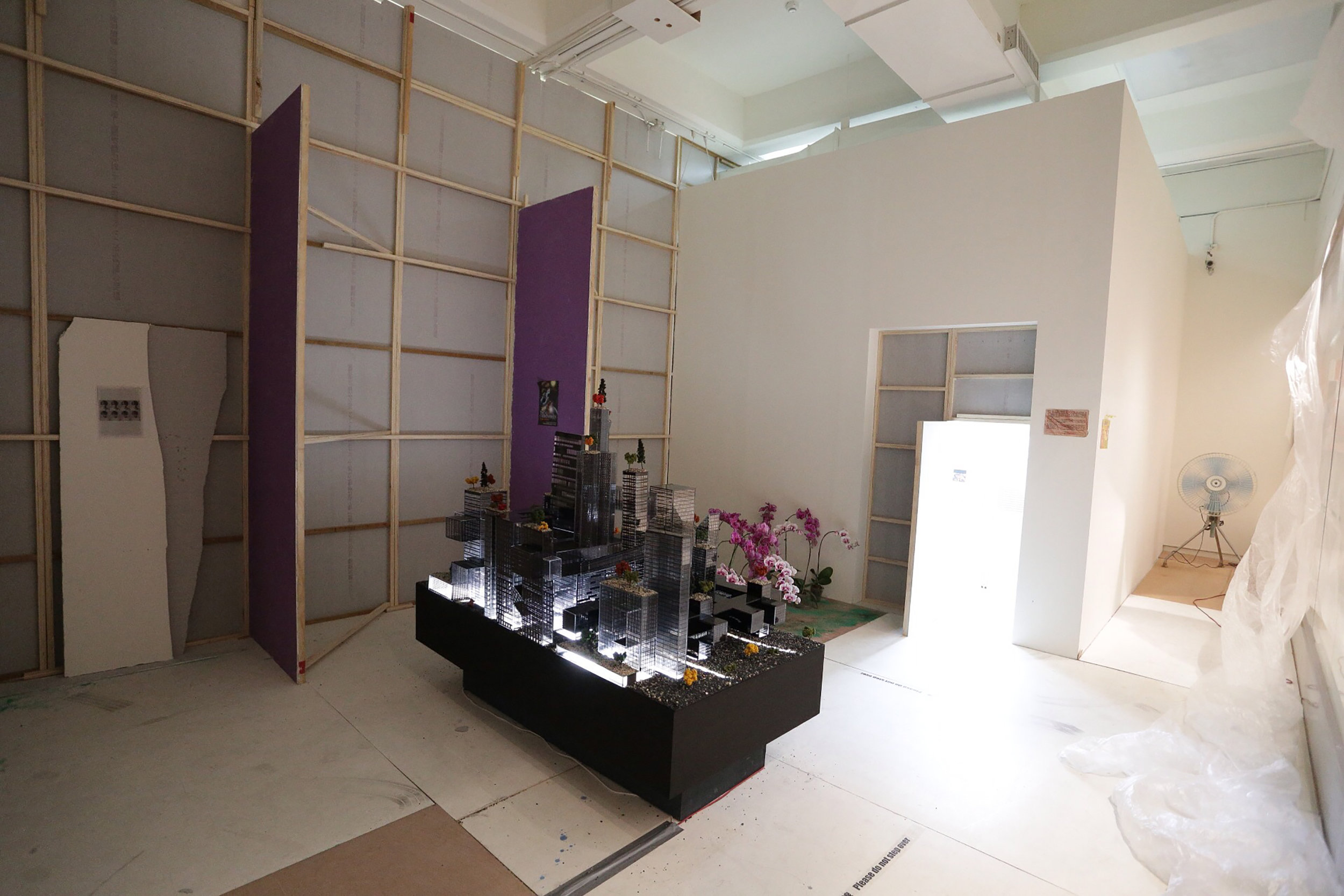 Freeman-Lowe, Installation View 26, Tai Pei Biennial, 2014.jpg